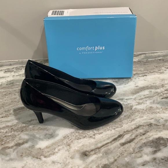 Woman's heels NWT
